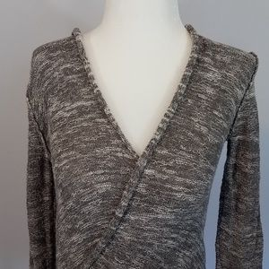Free People Gray & White Fitted Sweater Sz X-Small